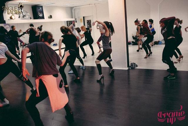 Видео танец для vip клиентами